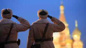 Шествие в честь 68-летия парада 41 года началось на Красной площади
