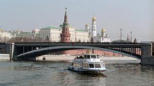 Власти Москвы решили повременить с развитием водного такси